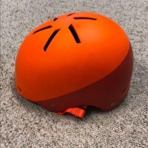 Specialized Covert helmet orange M